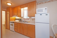 Motel suites feature kitchens should you choose to dine in your room. We provide a microwave, coffee maker, toaster, basic pots and pans, dinner and silverware settings for 4.