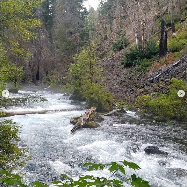 Sean-Nolan-PCT-Blue-Pool-near-Eugene-Oregon3