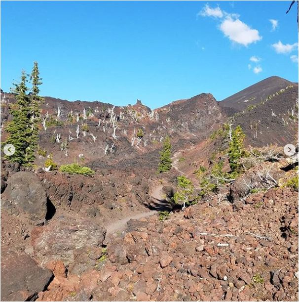 Sean-Nolan-PCT-From-Three-Sisters-Wilderness-on-to-Crater-Lake4