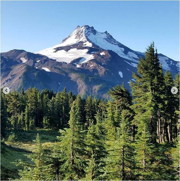 Sean-Nolan-PCT-Mt.-Jefferson-Mt.-Hood6