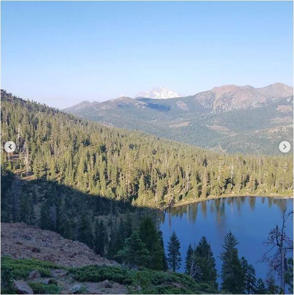 Sean-Nolan-PCT-passing-Mt.-Shasta-then-onto-Seiad-Valley2